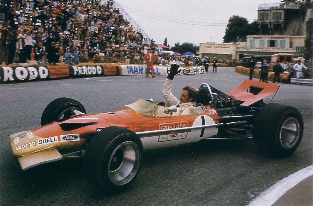 Graham Hill en el Lotus 49B en Mónaco