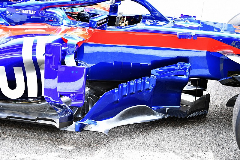 Bargeboards Toro Rosso