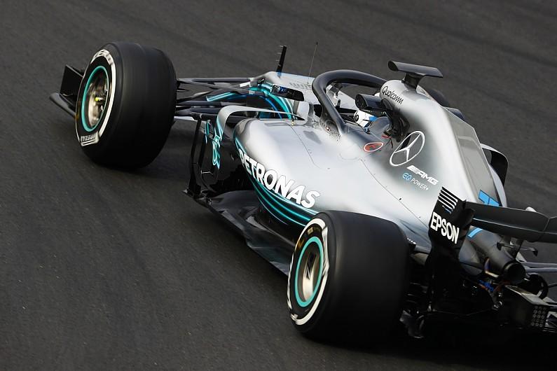 Mercedes pontón