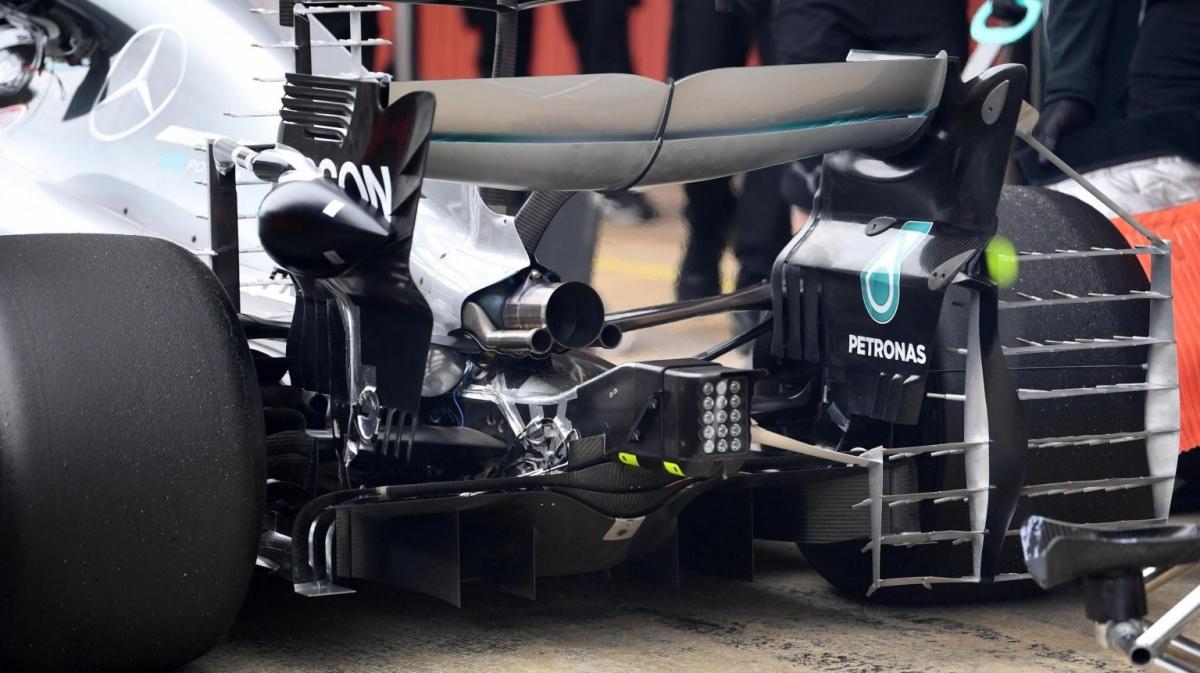 Mercedes parrilla aerodinámica